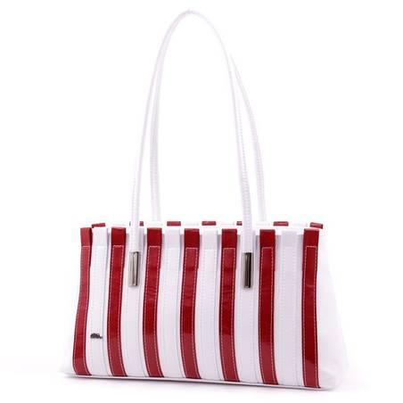 Diva Collection fehér-piros női rostbőr táska