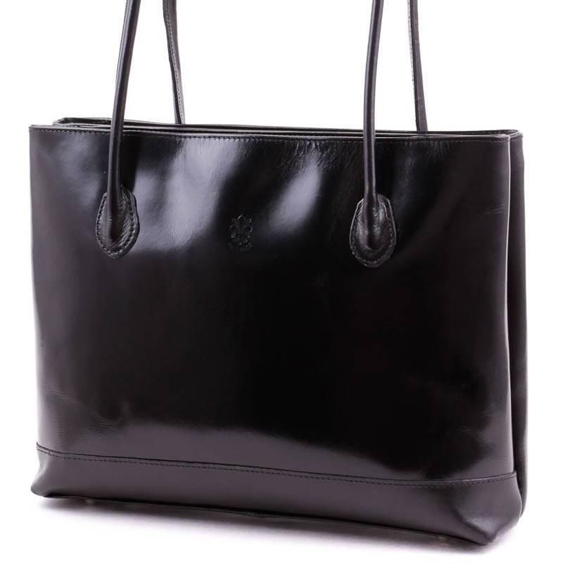 Fekete olasz bőr női táska  4239 8ded54121e