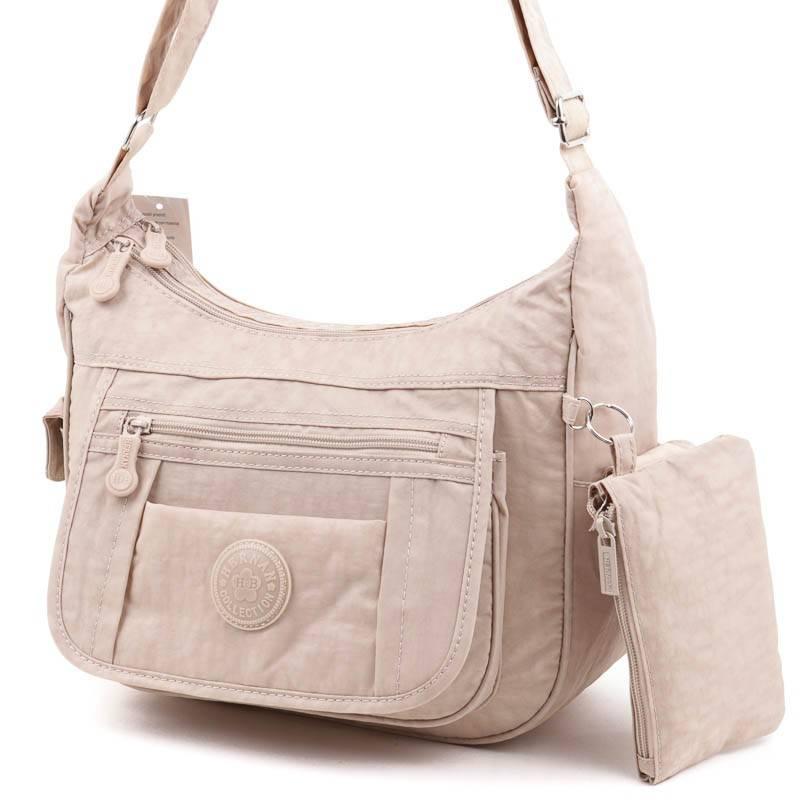 Diva Collection fehér-virágos női rostbőr táska  1667 34b19f347e
