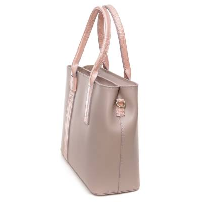 Púder bőr női táska