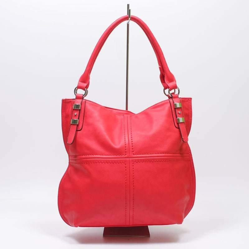 Divatos piros női táska  764 b763f4769b